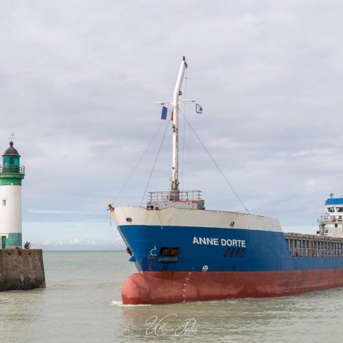 Entrée au port du Anne Dorte